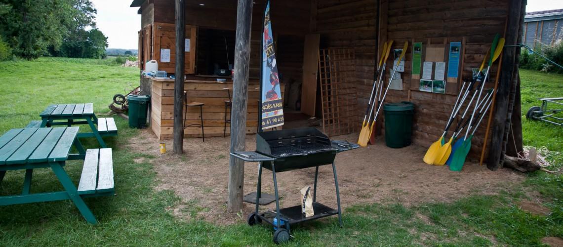 Barbecue à disposition pour reprendre des forces !!